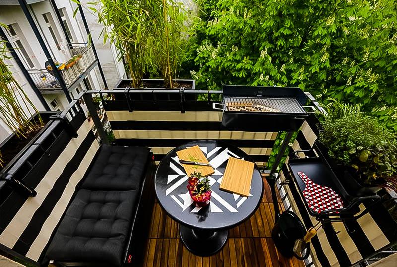 stylish balcony decoration